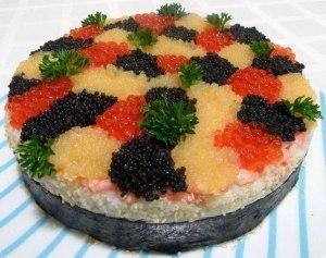 Суши-торт «3 икринки» фото