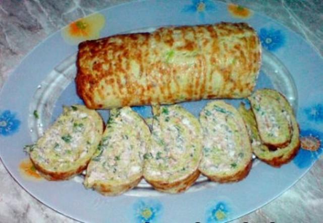 Рулeт из кабачков с сыром и чeсноком