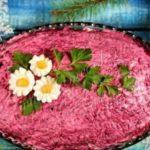 Салат «скумбрия под шубой»