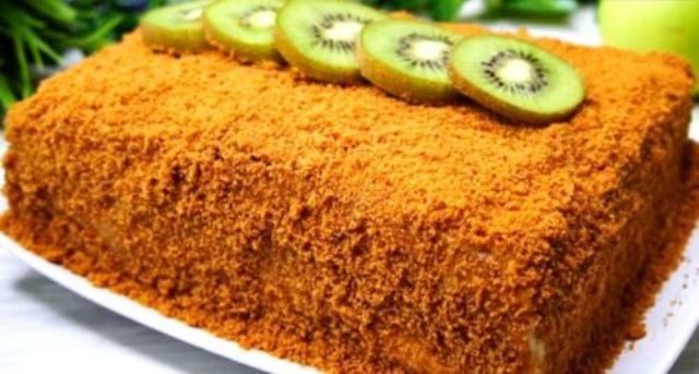 Медовый торт без раскатки коржей: необычно, но очень вкусно