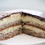 """Торт """"Bounty"""" это что-то! Не хлопотный, но очень вкусный рецепт! Порадуйте себя и близких вкусняшкой!"""