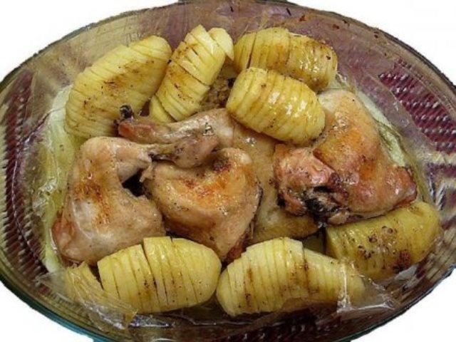 """Курица с картошкой """"в рукаве"""" на праздничный стол! Очень вкусно, сытно и необычно! Вкунотище!"""