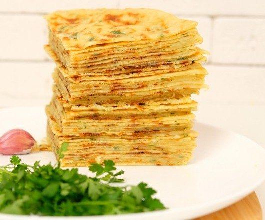 Хычины: обалденные лепешки на кефире с сыром и картошкой