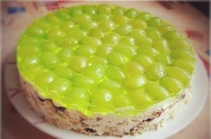 торт без выпечки виноградинка