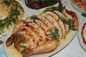 Курица фаршированная ветчиной и сыром фото