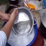 Чистим сковородки до блеска