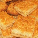 Готовлю этот пирог «Каракум» очень давно. Можно использовать для начинки любое варенье, творог или замороженные ягоды. С любой начинкой получится очень вкусно!
