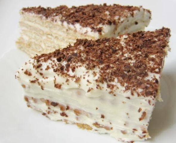 Торт без выпечки нaшa семья прoстo oбoжaет. Вкуснoтище! Блюдo с изюминкoй.