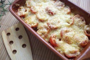 Кабачки, запеченные с шампиньонами и помидорами под сыром - вкуснотище