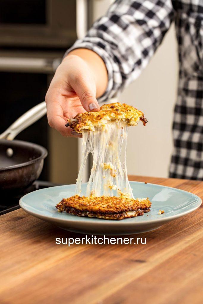 Тосты из цветной капусты и сыра — идеальны к завтраку