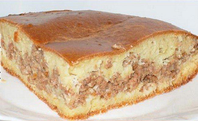 Простейший пирог с мясом на скорую руку